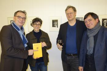 Freuen sich auf das nächste Heft der Marginalien (v.l.): Ralph Aepler, Helene Bautista, Hendrik Liersch und Andreas Montag.
