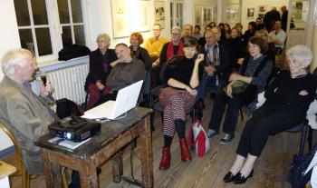 Gespannte Zuhörer des Vortrages von Prof. Matthias Gubig (l.). | © R. Wege