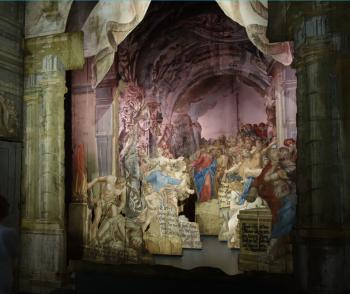Das Museum »Himmlisches Theater« mit historischen Schiebekulissen kirchlicher Passionsspiele war die zweite Station in Neuzelle. | © R. Wege