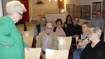 Jutta Osterhof unterhielt die Mageburger Bibliophilen mit einem informativen und unterhaltsamen Vortrag über den Künstler Eberhard Schlotter. | © Ralf Wege
